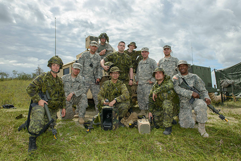 Arden Hills (MN) United States  city images : Members of 38 Signal Regiment and 319th Phycological Operation Company ...