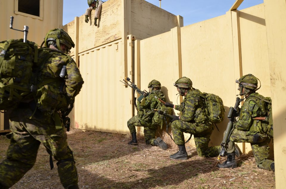 More than 1500 reservists from 34 and 35 Canadian Brigade Groups participated in Exercise NOBLE GUERRIER 13, an intensive training exercise that took place in Fort Pickett, Virginia, USA, from January 2 to 9. Photo by: Cpl Isabelle Provost, 35 CBG © 2012 DND-MND Canada