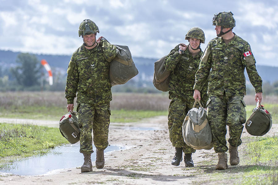army news national canadian army article seeking