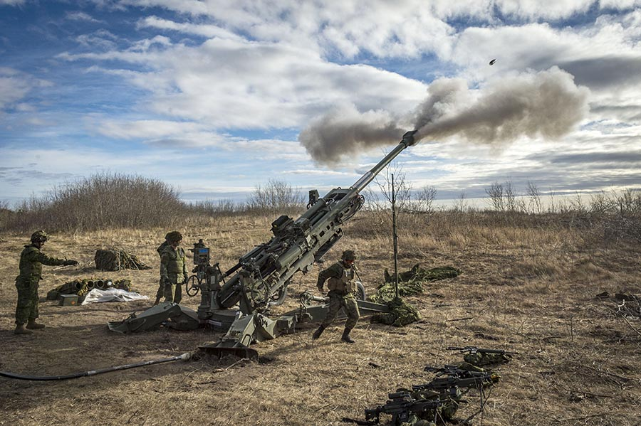Members of 1st Regiment, Royal Canadian Horse Artillery – a unit within 1 Canadian Mechanized Brigade Group – fire the M777 Howitzer during a live-fire mission on Exercise IRON RAM 17 at Canadian Forces Base/Area Support Unit Wainwright's Training Area on October 24, 2017. Photo: Corporal Jay Ekin, Wainwright Garrison Imaging. ©2017 DND/MDN Canada.