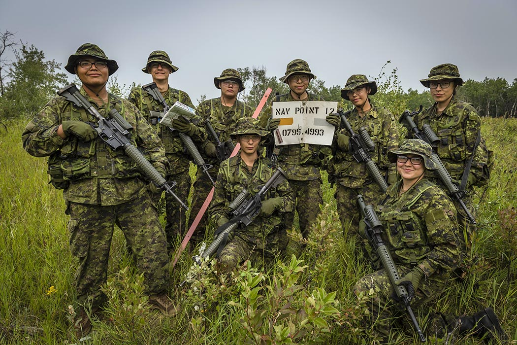 Candidates of Bold Eagle 2018 successfully reach their navigation point during the Final Training Exercise at Canadian Forces Base/Area Support Unit Wainwright's training area on August 11, 2018.  Photo: Corporal Jay Ekin, Wainwright Garrison Imaging. ©2018 DND/MDN Canada.