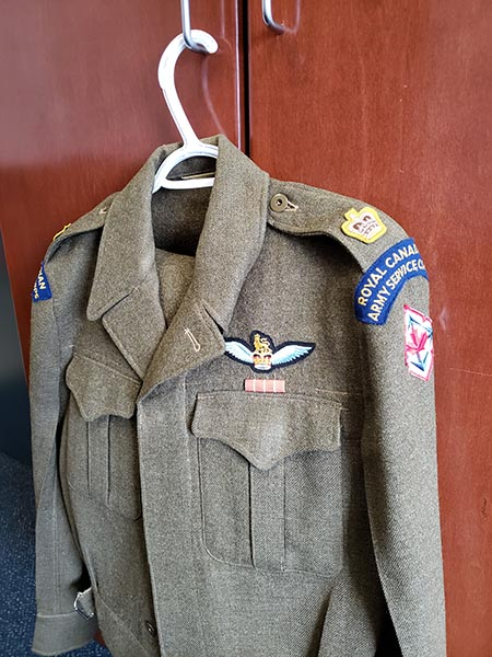 Prior to the unification of the Canadian Armed Forces in 1968, the Canadian Army had approximately 100 pilots among its members, including the late Major Vern Taskey. Maj Taskey served with the Royal Canadian Army Service Corps, a predecessor of today's Army logistics units. A tunic and other parts of Maj Taskey's Battle Dress were acquired by a member of 1 Service Battalion and are now on display at the unit's headquarters as a tribute to that history. Photo: 1 Service Battalion.