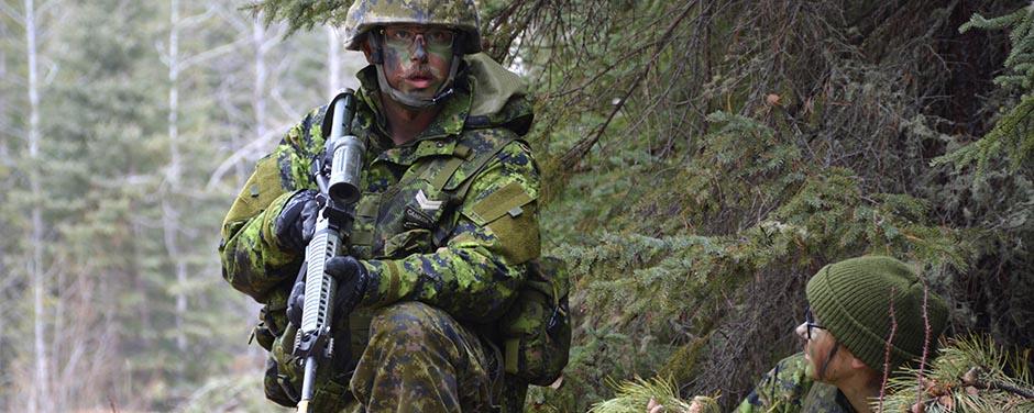 emploi etudiant forces canadiennes